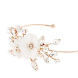 NWT Floral & Gemstone Bracelet